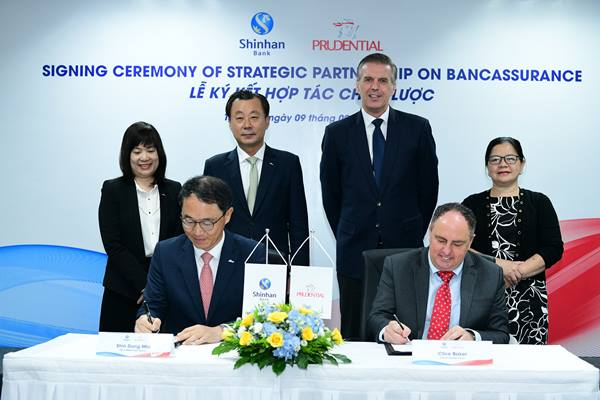 Prudential Việt Nam ký kết thỏa thuận hợp tác cùng Shinhanbank