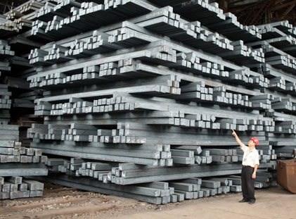 Bộ Công Thương vào cuộc điều tra bán phá giá đối với thép Trung Quốc