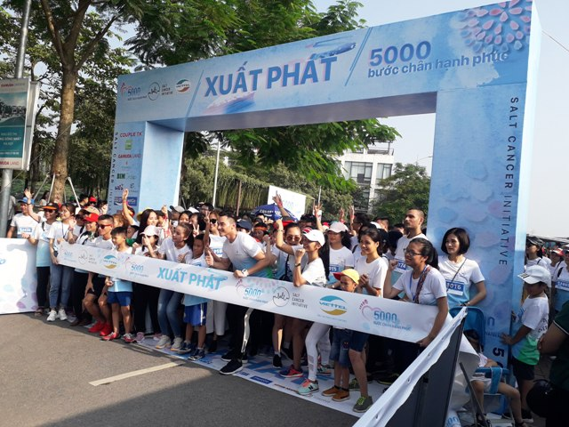 """""""5.000 Bước chân hạnh phúc""""- Ngày hội đi bộ vì Bệnh nhân ung thư Việt Nam 2019"""