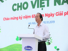 Vinamilk chung tay bảo vệ môi trường thủ đô thông qua Quỹ 1 triệu cây xanh cho Việt Nam.