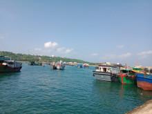Huyện đảo Bạch Long Vỹ: Làm sao bám biển dài lâu?