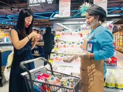 """Vinamilk đưa sản phẩm vào siêu thị hema – mô hình """"bán lẻ mới"""" của Alibaba tại Trung Quốc"""