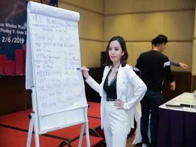 Cô gái trẻ Đỗ Trần Linh Thảo thực hiện ước mơ cùng  với mỹ phẩm Đông Anh