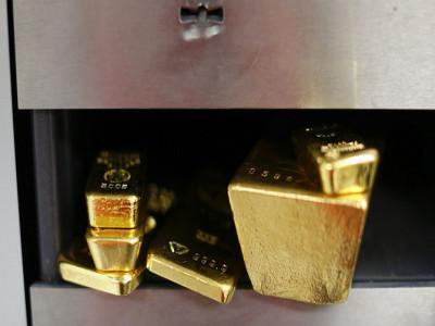 Nhà đầu tư giữ vàng khi bất ổn đàm phán thương mại Mỹ - Trung dâng cao