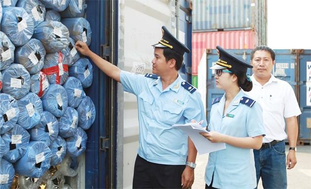 Doanh nghiệp vẫn lo rủi ro nghiệp vụ hải quan