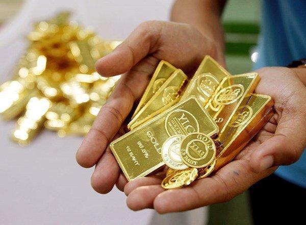 Giá vàng hôm nay 16/10: Chờ đàm phán Mỹ-Trung, vàng 9999, vàng SJC giảm nhẹ