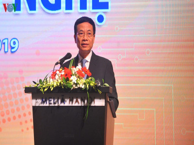 Bộ trưởng Bộ TT&TT: Báo chí đang đi sau về công nghệ