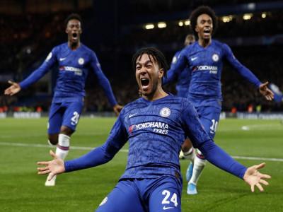 Chelsea hòa Ajax trong trận đấu có 8 bàn thắng