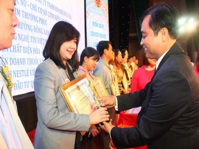 Nestlé Việt Nam nhận bằng khen của Tổng cục Thuế  vì thành tích thực hiện tốt chính sách, pháp luật