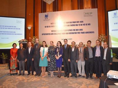 Cơ hội và thách thức từ các Hiệp định tự do thương mại thế hệ mới