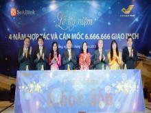 Ngân hàng TMCP Đông Nam Á (SeABank) và Tổng công ty Bưu điện Việt Nam (VNPost) kỷ niệm 4 năm hợp tác