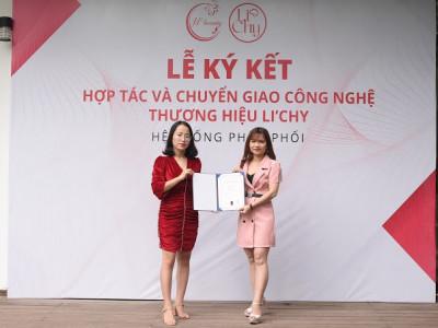 Cô gái dân tộc Mường Phạm Thị Hồng vượt lên số phận nhờ kinh doanh online