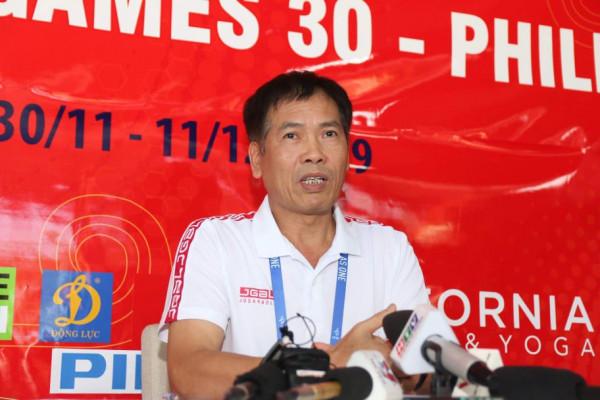 """Trưởng đoàn Trần Đức Phấn: """"Cả nước chờ đợi tấm HCV SEA Games của U22 Việt Nam"""""""