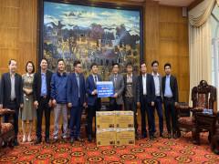 Aikya Pharma tặng khẩu trang tại Vĩnh Phúc điểm nóng dịch Covid-19
