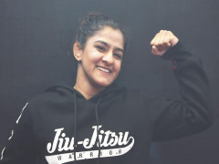 Ritu Phogat: Từ sàn đấu vật đến ngôi sao võ tổng hợp
