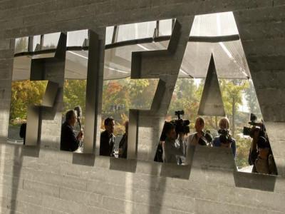 FIFA tiến hành thành lập quỹ hỗ trợ tài chính cho các cầu thủ không được trả lương