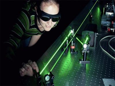Công nghệ truyền dữ liệu bằng laser giúp tốc độ internet nhanh hơn 1.000 lần