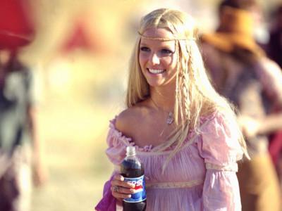 Công chúa nhạc pop Britney Spears kiếm và tiêu nhiều tiền như thế nào