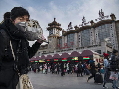 """Covid-19 """"hút"""" cạn ngân sách Trung Quốc"""