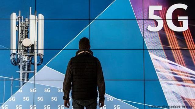Mỹ duyệt chi 1 tỷ USD để loại bỏ hoàn toàn Huawei, ZTE
