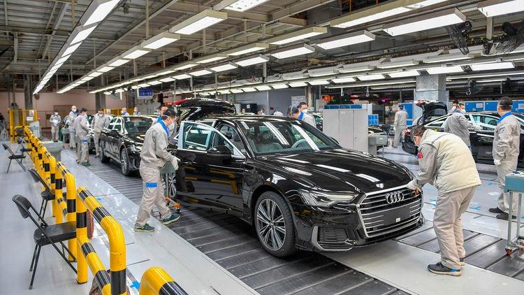 Hoạt động sản xuất của Trung Quốc phục hồi mạnh mẽ trong tháng Ba
