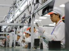 Chương trình phổ cập smartphone giá rẻ: Cơ hội vàng cho doanh nghiệp Việt