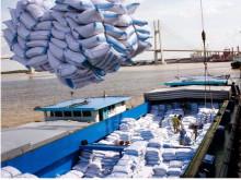 Thủ tướng yêu cầu tạm dừng ký hợp đồng xuất khẩu gạo mới, hợp đồng đã ký sẽ xem xét cụ thể