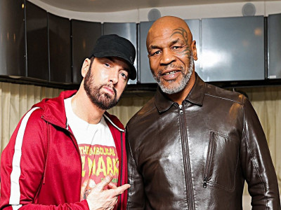 """""""Tay đấm thép"""" Mike Tyson kiếm tiền dễ dàng từ mạng xã hội"""