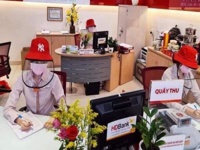 Nhiều khó khăn, thách thức với các ngân hàng