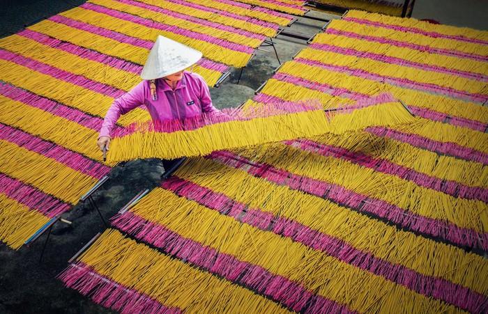 Say đắm trước vẻ đẹp độc đáo của các làng hương khắp 3 miền