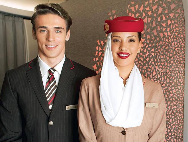 Chiêm ngưỡng những mẫu đồng phục tiếp viên hàng không ấn tượng nhất thế giới