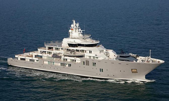 Giới siêu giàu thuê du thuyền trốn Covid-19