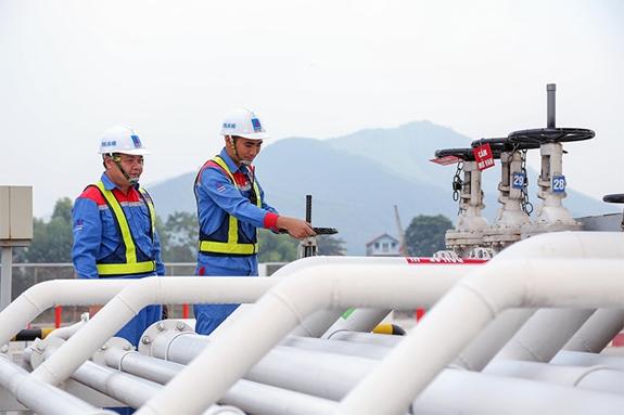 """Mở """"nút thắt"""" cho phát triển thị trường năng lượng"""