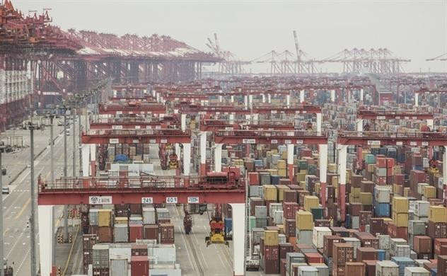 """Hoạt động thương mại của Trung Quốc khó phục hồi nhanh khi """"sương mù"""" phủ bóng kinh tế toàn cầu"""