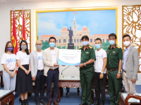 Tạp chí Doanh Nghiệp & Hội nhập đồng hành cùng Quân Đội Nhân Dân Việt Nam chống dịch COVID-19