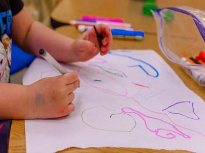 Startup chăm sóc trẻ em hỗ trợ các gia đình vượt 'bão' COVID-19