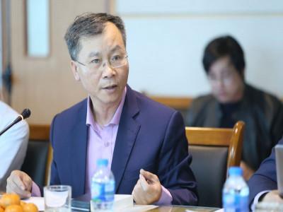 TS Vũ Đình Ánh: Doanh nghiệp cần được giảm áp lực tài chính