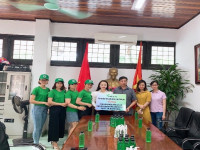 Doanh nhân Thơ Bùi – CEO Green Beauty tri ân tới các học sinh nhân dịp trở lại trường