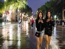 Việt Nam có đang bỏ lỡ cơ hội từ kinh tế đêm để tạo cơ hội cho ngành du lịch hậu Covid-19?