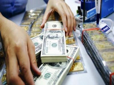 Giá vàng và USD giảm phiên thứ 4 liên tiếp