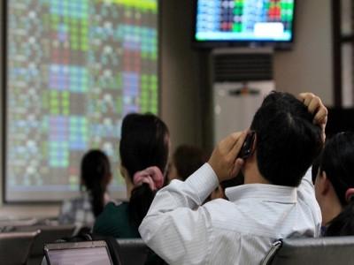 Dòng tiền lớn mở rộng sóng tăng của thị trường chứng khoán, nhà đầu tư có thể xem xét chốt lời