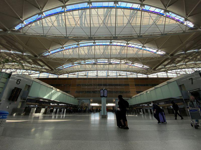 Mỹ tính kế mở cửa đón khách quốc tế: Giải pháp nào kích cầu trở lại an toàn nhất?