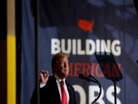 """Tổng thống Trump muốn doanh nghiệp Mỹ """"hồi hương"""" nhưng nào có dễ dàng"""