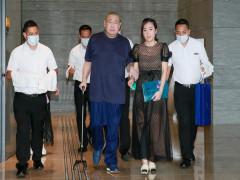 Nữ phóng viên đứng sau khối tài sản 8 tỷ USD của trùm địa ốc Hong Kong