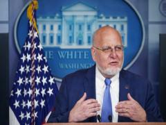 """Giám đốc CDC: Covid-19 đã """"khiến nước Mỹ phải đầu hàng"""""""