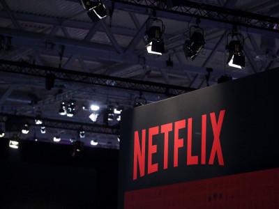 """Hi hữu: Netflix bị kiện vì """"để nhân vật Sherlock Holmes thể hiện quá nhiều cảm xúc"""""""