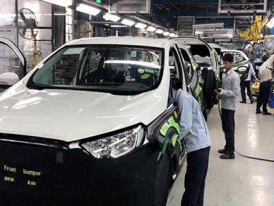 Chính sách mới chưa thật sự ưu đãi cho sản xuất ô tô trong nước