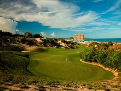 Việt Nam với 4 sân golf Việt Nam hàng đầu châu Á