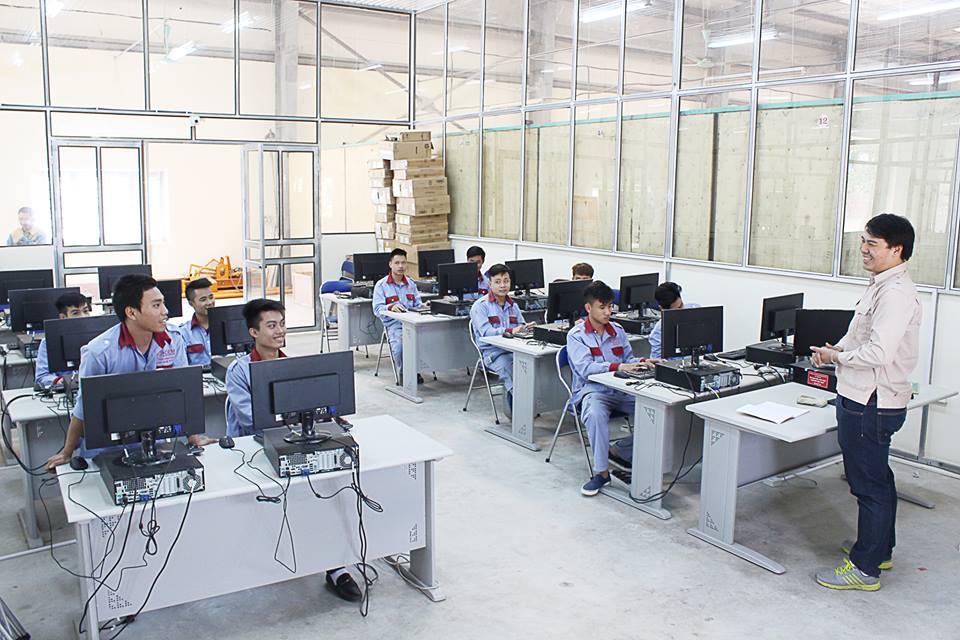 Hai tháng, số doanh nghiệp Hà Nội đăng ký tuyển nhân sự tăng 5-10%