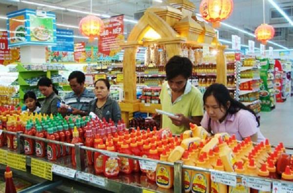 """Chinh phục """"thượng đế"""" trong nước: Doanh nghiệp Việt cần thay đổi"""